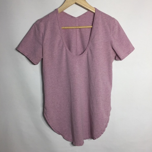 Lululemon rounded split sides tee shirt